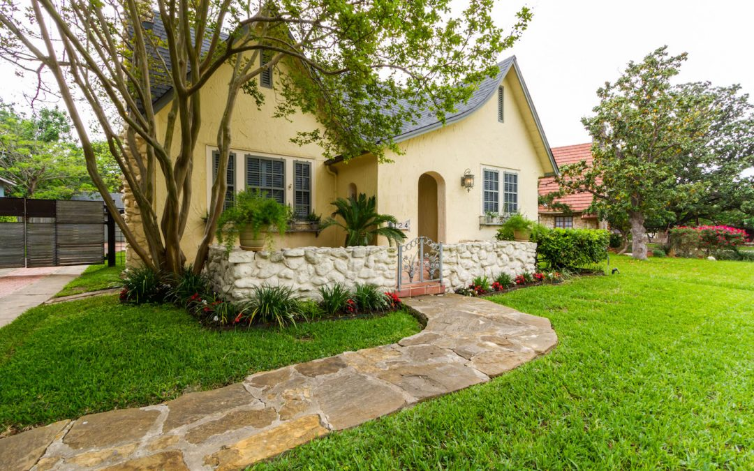 6 Curb Appeal Tips for a Perfect First Impression
