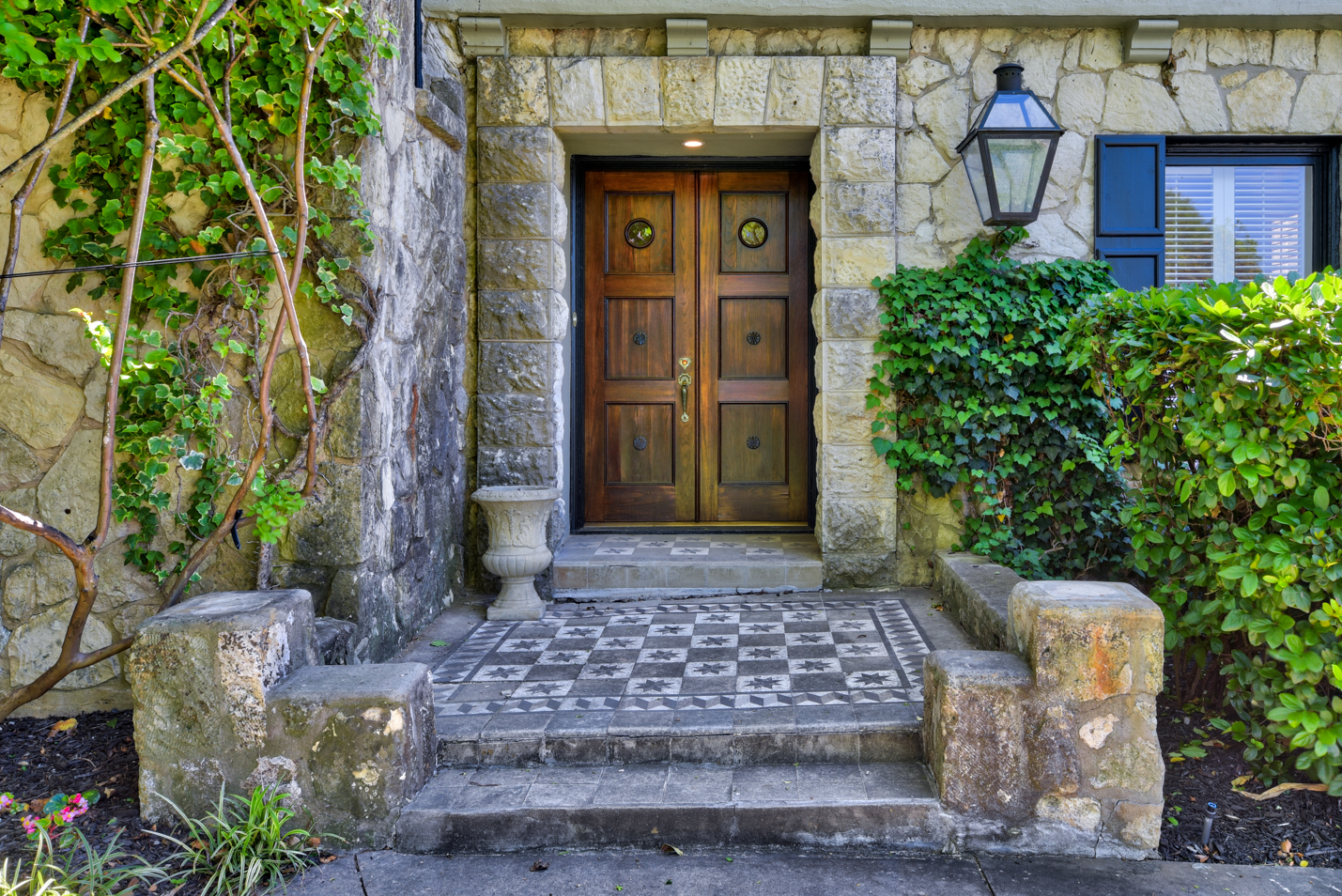 Selecting a Realtor? Ask These 8 Key Questions
